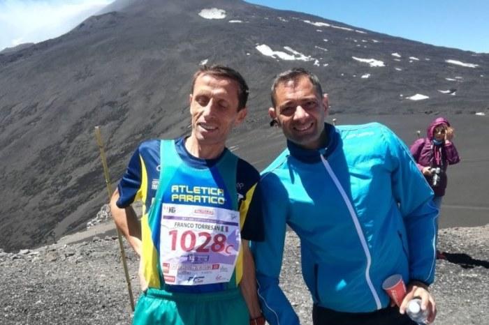 Il runner don Torresani testimonial di una campagna CEI