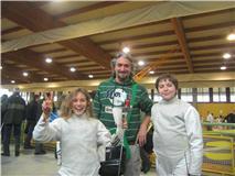 Alessandra Chillemi e Emanuele Allegra con il maestro Fabrizio Papalia