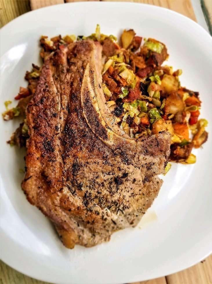 Simple Herb Pork Chop. photo