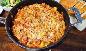 Chicken and Sausage Pasta Bake Pin feature