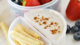 Cinnamon Yogurt Dippers for School Lunch