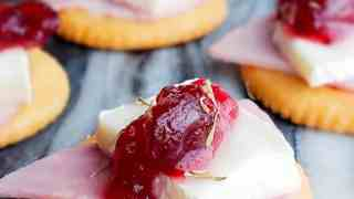 Ritz Bites with Ham, Brie and Cranberries