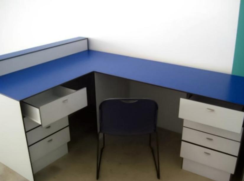 Mobiliário Escritório Fenólico