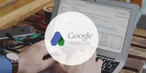 Combien cela coûte-t-il de faire de la publicité avec Google AdWords ?