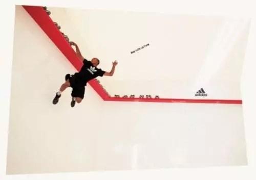 Adidas a utilisé le marketing expérientiel pour promouvoir une collaboration avec Derrick Rose, un joueur de la NBA