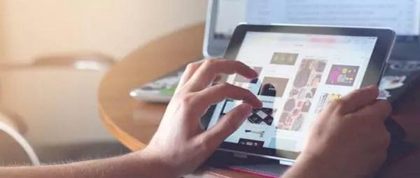 80% des consommateurs et 71% des entreprises utilisent d'abord les moteurs de recherche lorsqu'ils recherchent un nouveau produit ou service