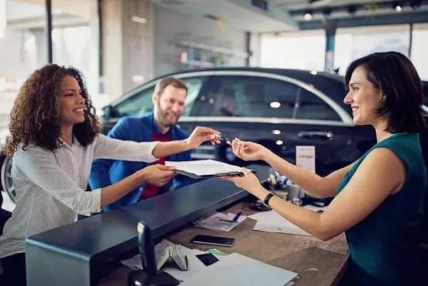 Comment augmenter les visites en concession automobile