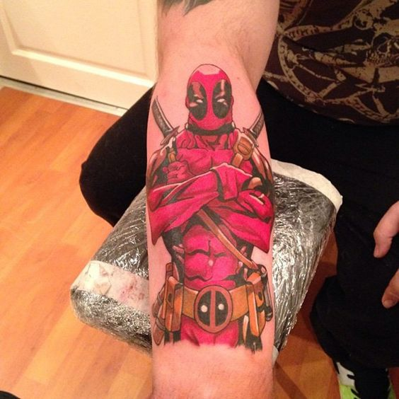 top-10-tatuagens-deadpool-012
