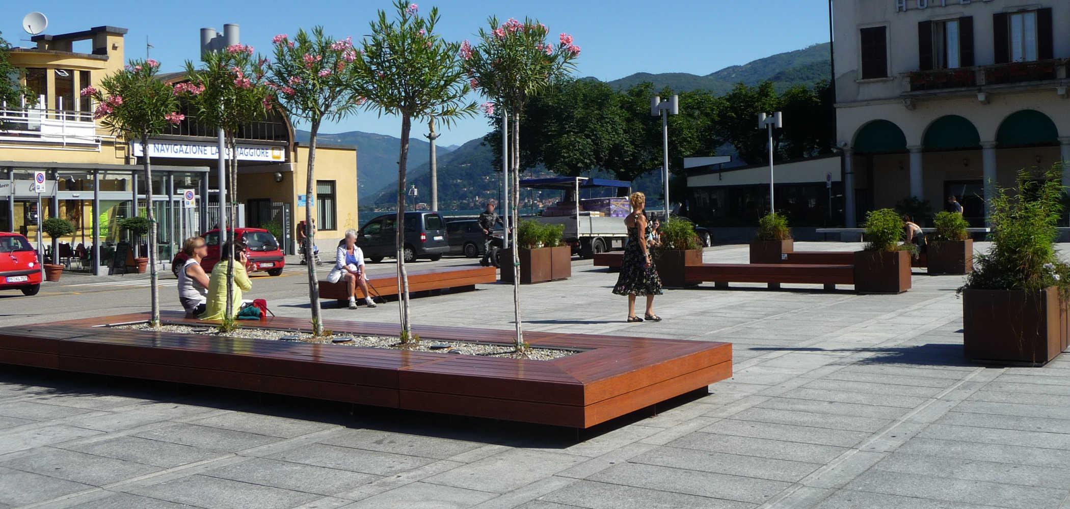 Isola seduta arredo urbano Harris  Metalco