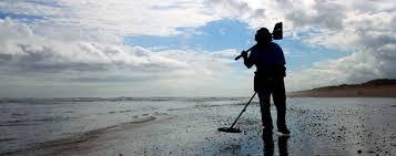 rent metal detector lowes Beach Metal Detecting With Garrett AT Pro