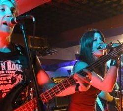 Fear Crowd lyric-video del tema «Noches De Rock»