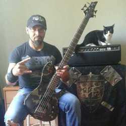 Perpetual Limbo vuelve su ex-bajista Jorge