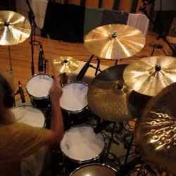 """Quaoar playthrough de batería de """"Go To Momo"""""""