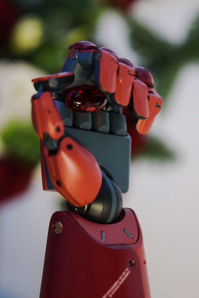 Kojima visits LA studio and teases us with Metal Gear