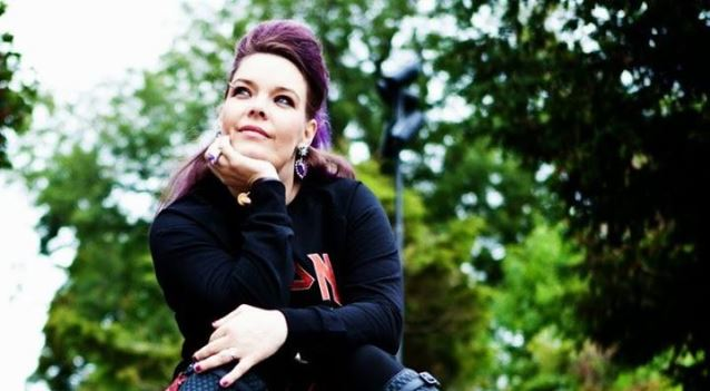 Entrevista: Anette Olzon (Ex – Nightwish)
