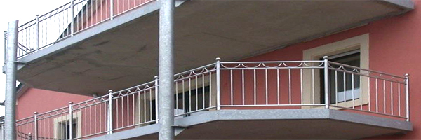 Anbau-Balkone