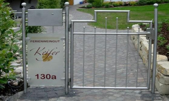 Edelstahl-Tore