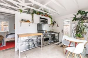 garaje transformado en casa de invitados