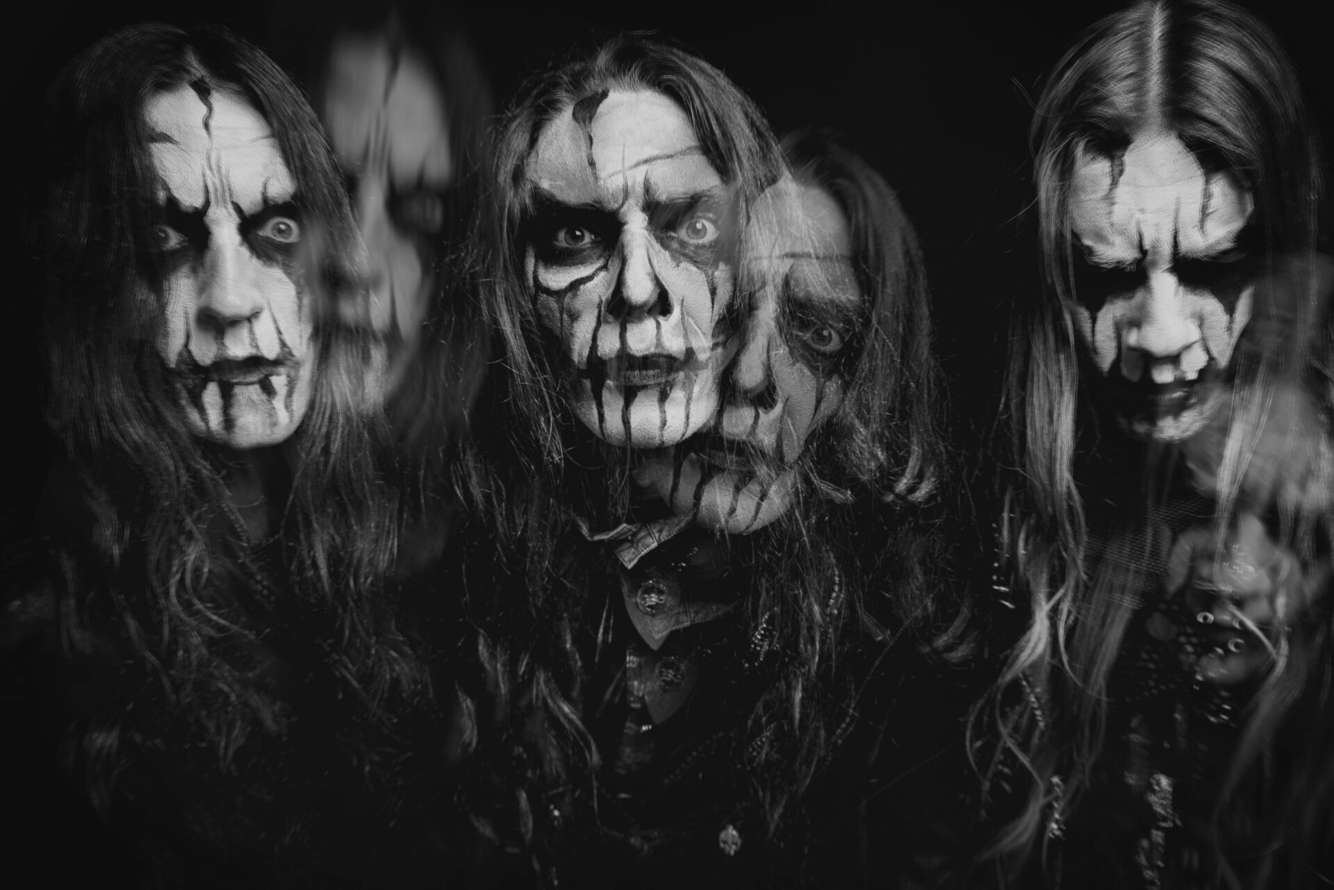 You are currently viewing CARACH ANGREN <br/> Danse macabre