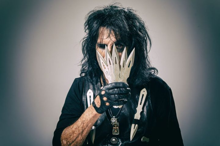 Alice Cooper_Paranormal_press pictures_print_copyright earMUSIC_credit Rob Fenn_1