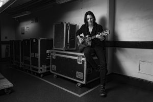 Read more about the article MYLES KENNEDY <br/> Enfin seul !