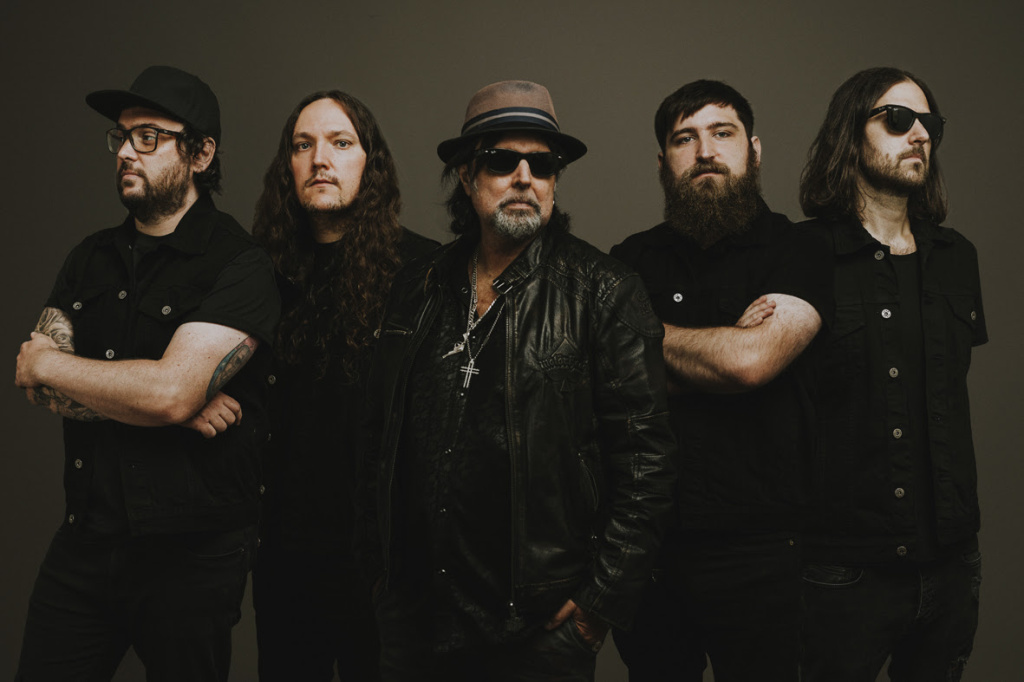 <strong>PHIL CAMPBELL AND THE BASTARD SONS</strong>
