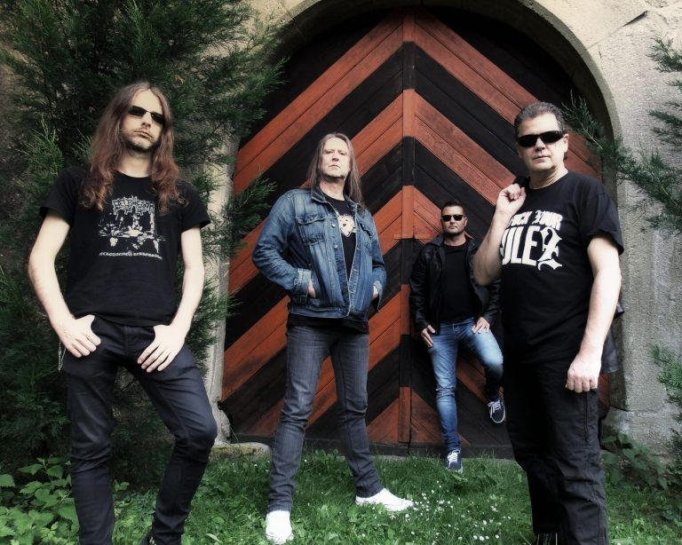 Read more about the article <strong>PARADOX</strong> </br>Thrash de légende