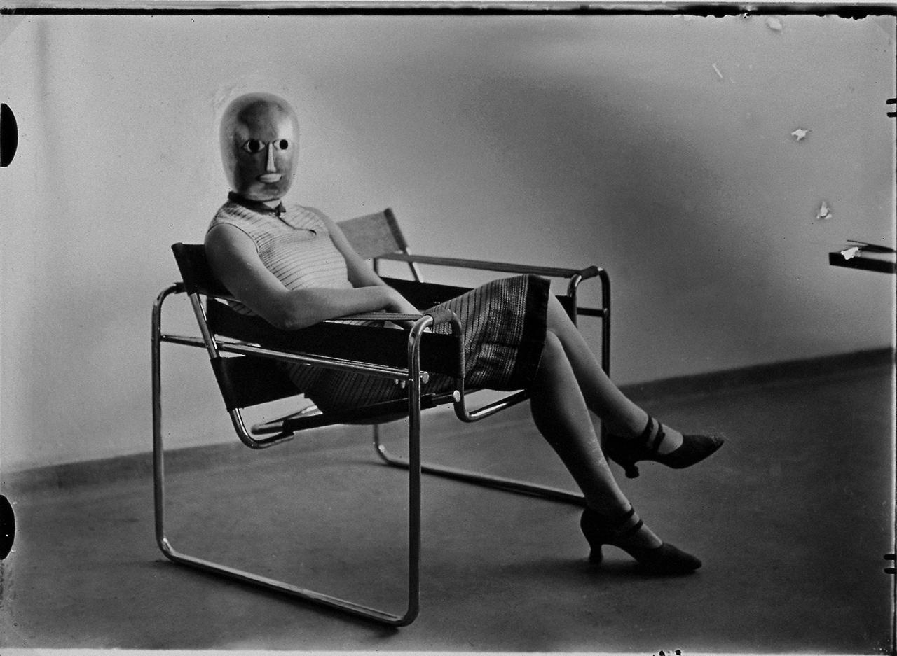 Las Mujeres de la Bauhaus de lo bidimensional al espacio total  METALOCUS