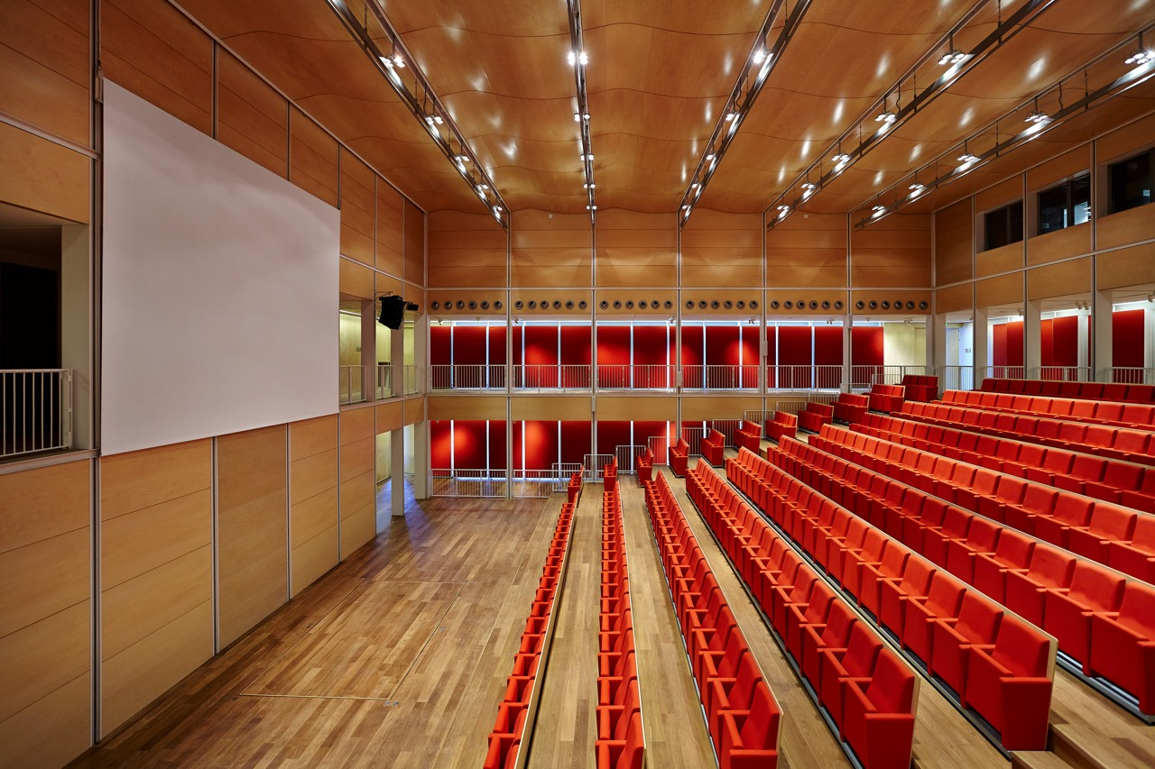 Intesa Sanpaolo Office Building by Renzo Piano Building