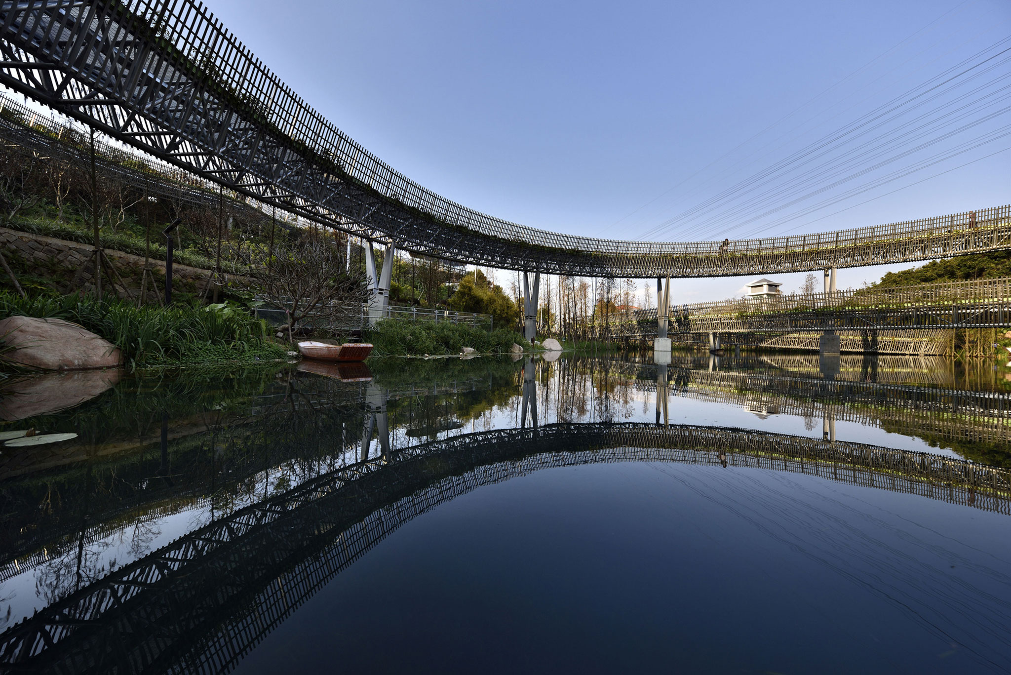 Walking on the forest Fuzhou forest walkway by LOOK Architects  METALOCUS