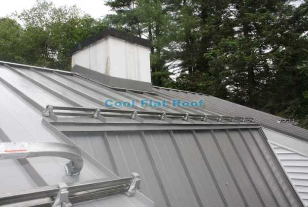 standing-seam-metal-roof-rail-snowguards