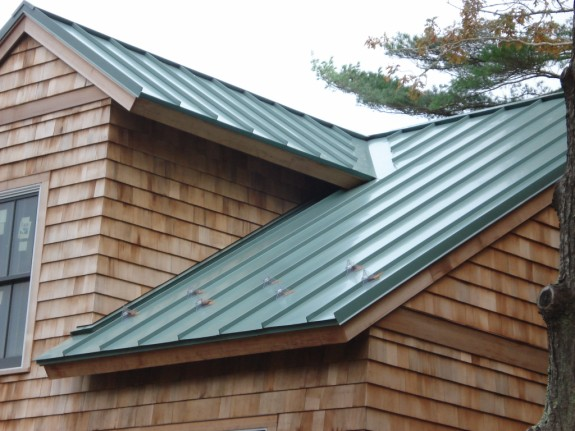 Best paint for rusted galvanized metal roof