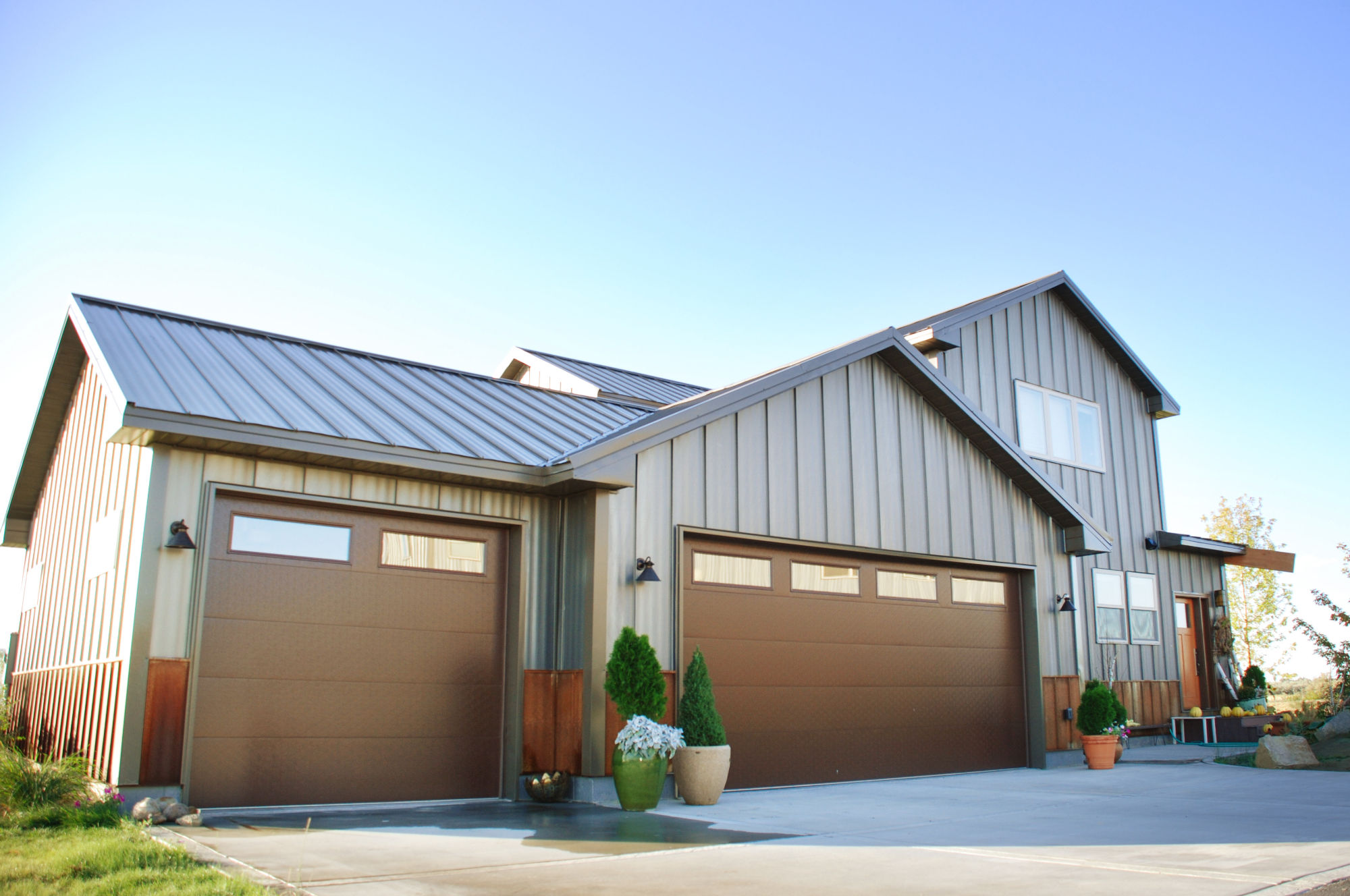 Metal Siding Options Costs And Pros Amp Cons 2020