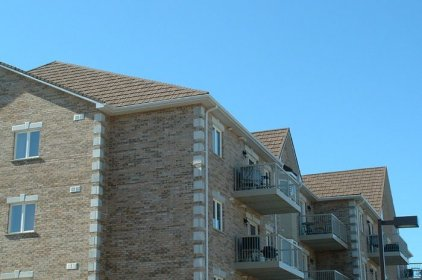 Here is a closer look at Metal Roof Outlet's work on this gorgeous Ontario condominium.