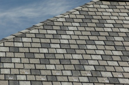 Take a closer look at our slate-style steel - we are proud to offer the texture and gentle shading variances that people want from a natural slate roof.