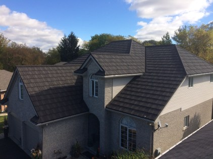 This Ontario home has a multi-level roof, which can be difficult for installers to navigate. The skilled team at Metal Roof Outlet made sure this family could enjoy a beautiful and safe Steel Shake roof for years to come.