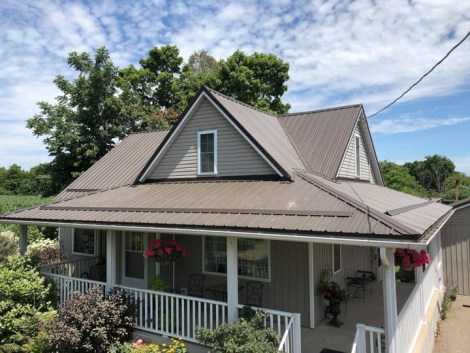 Metal roofing from Metal Roof Outlet installed on an Ontario home