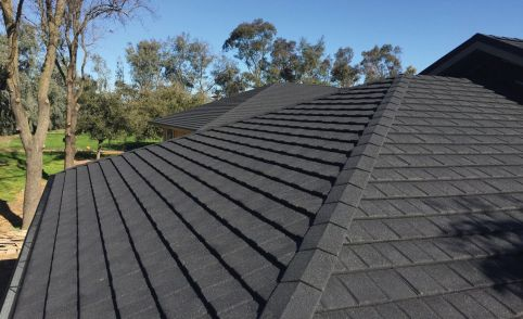 Detailed view of CF shingles in Charcoal