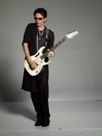 Steve_Vai_Monk_061RS