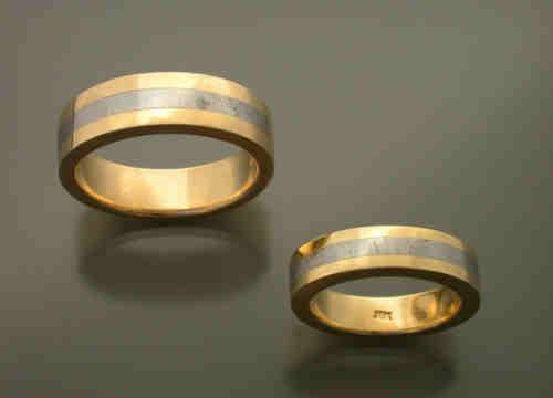 18k Gold Ring With Meteorite Inlay Metamorphosis Jewelry