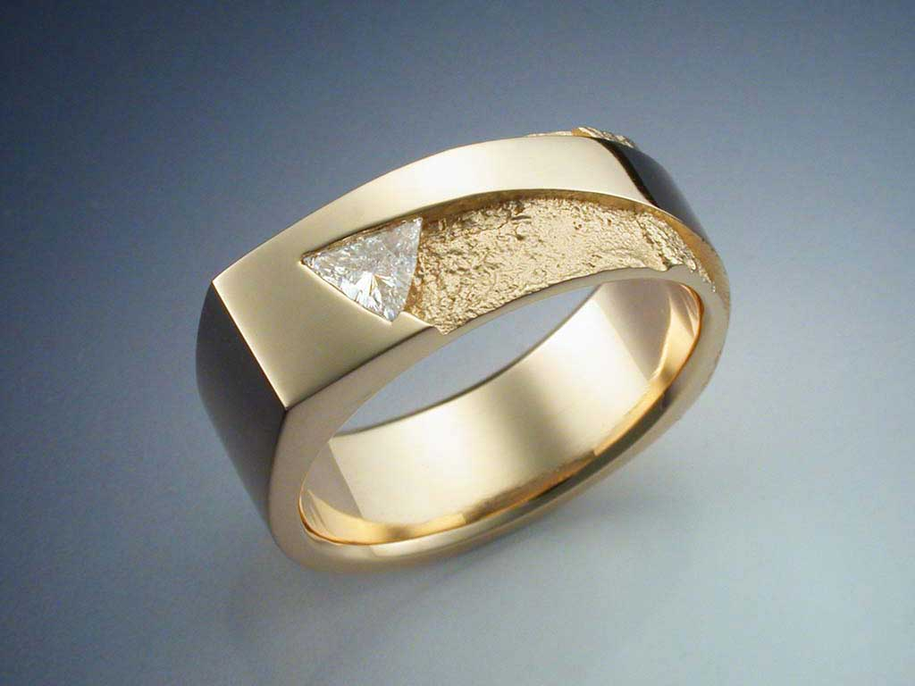 14k Gold With Trillion Cut Diamond Ring Metamorphosis