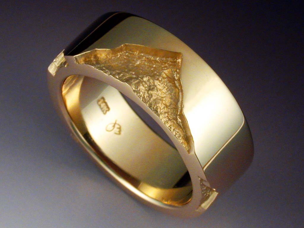 14k Gold Mans Band With Rock Texture Metamorphosis