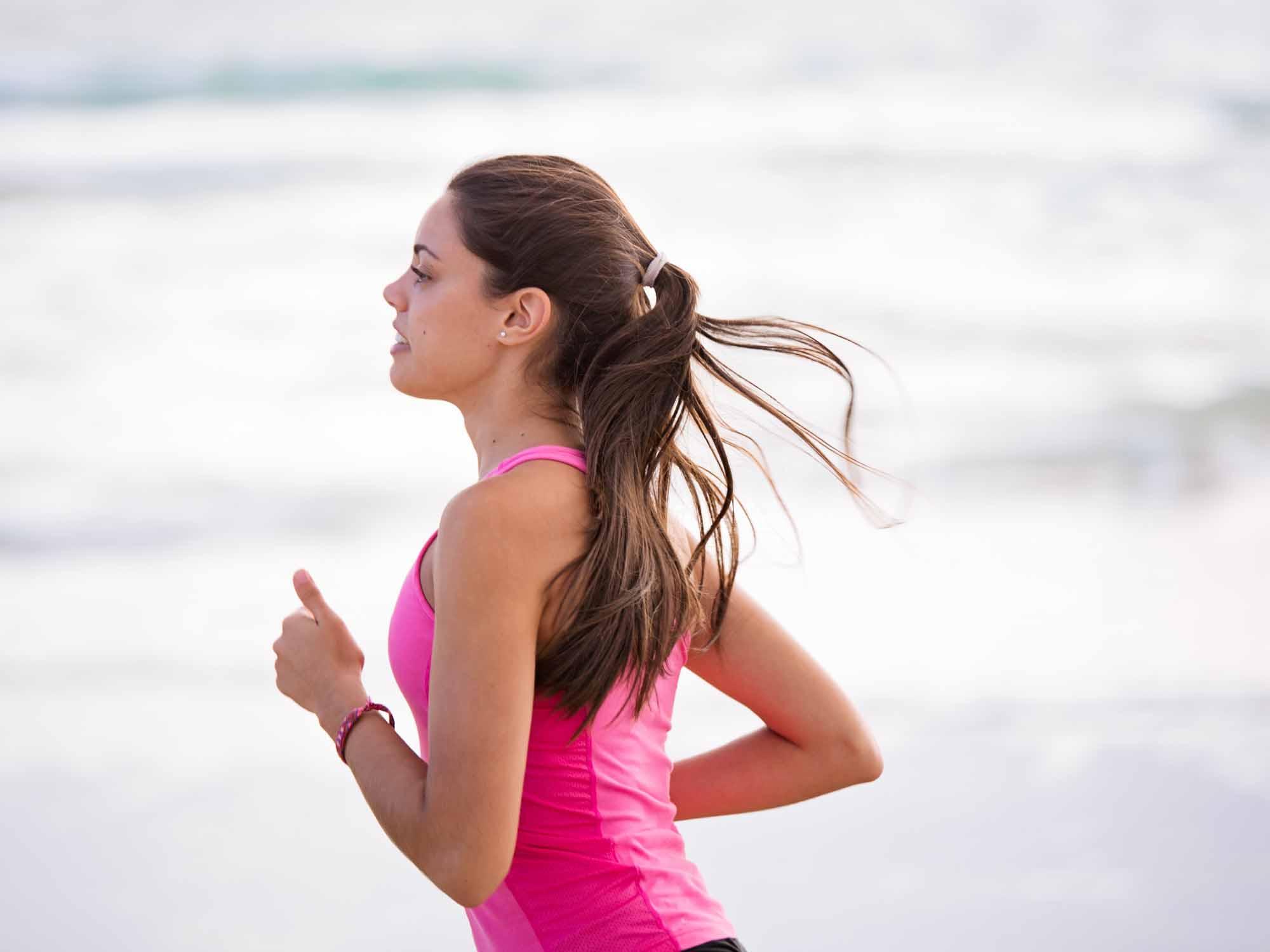 Courez comme un yogi : 5 façons qu'à le yoga de faire de vous un meilleur coureur
