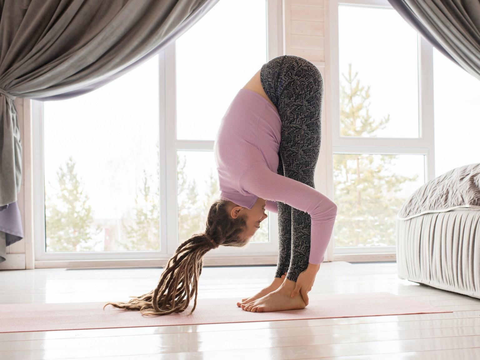 7 astuces pour commencer le yoga à la maison