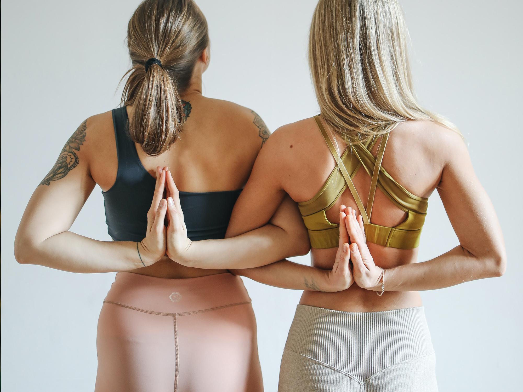 7 exercices de yoga faciles pour augmenter la mobilité