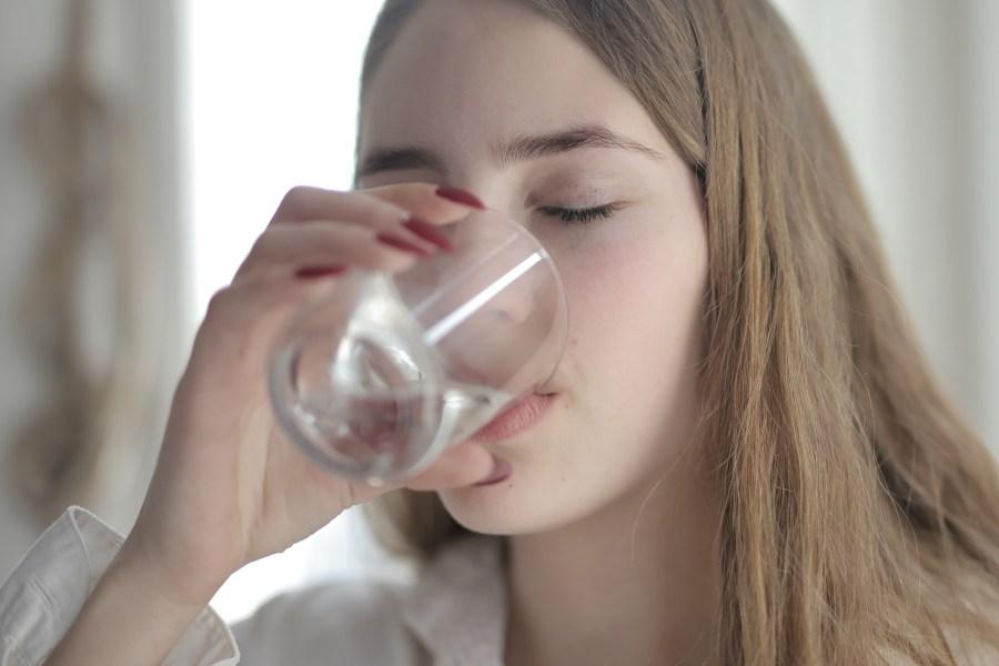 Comment perdre le poids de la rétention d'eau rapidement et naturellement