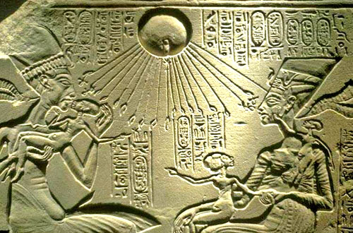 akhenaten_and_family(4)