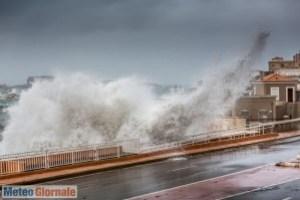 immagine news meteo-prossimi-giorni-venti-furiosi-in-italia
