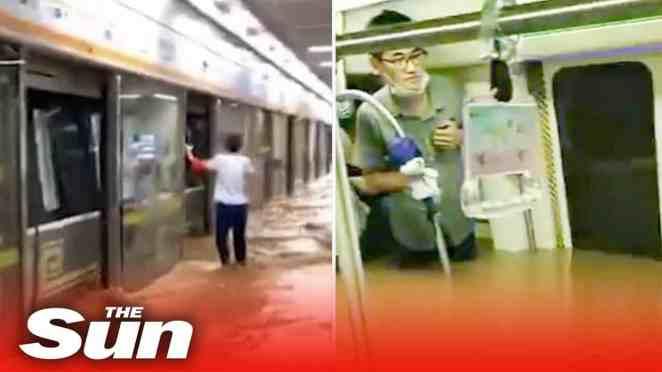cina metropolitana allagata da a - Cina metropolitana allagata da alluvione. Varie vittime. Video terribile