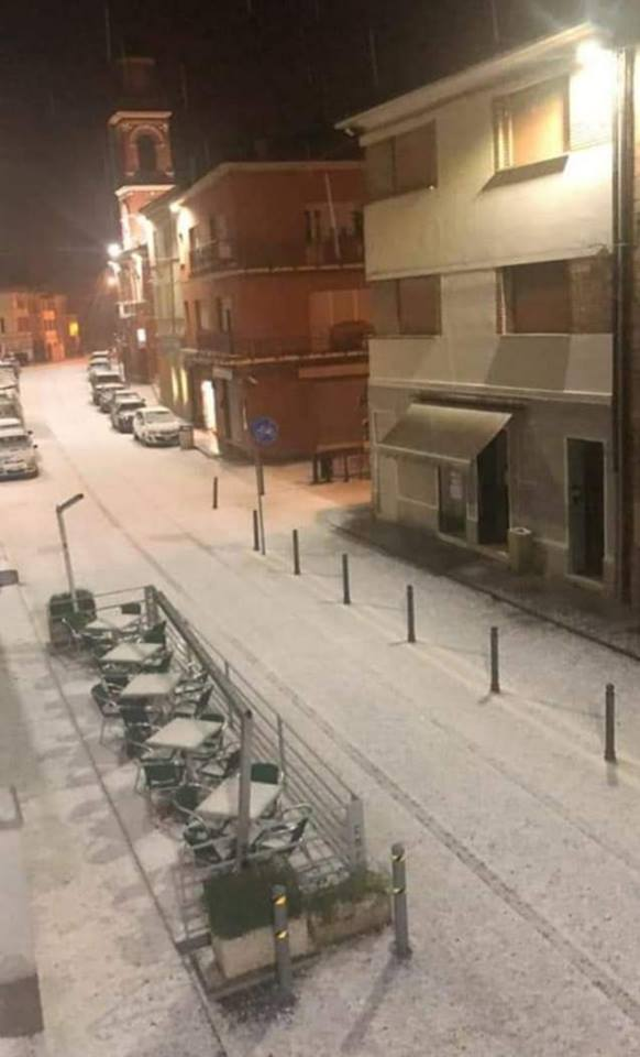 Irrompe laria fredda temporali e grandine ieri sera in Romagna  METEO GIULIACCIIT